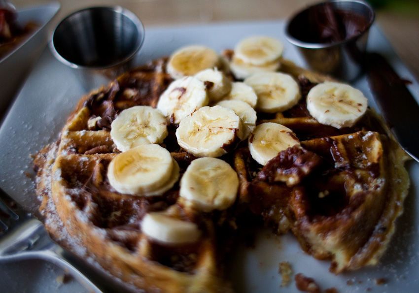 Bru's Wiffles | Santa Monica, CA | 03.19.11 Banana Pecan Waffle with a side of Nutella.