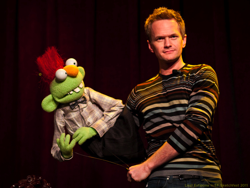 SF Sketchfest | In Conversation with Brian Henson | 01.23.11    Enjoy this picture of Neil Patrick Harris with puppet.