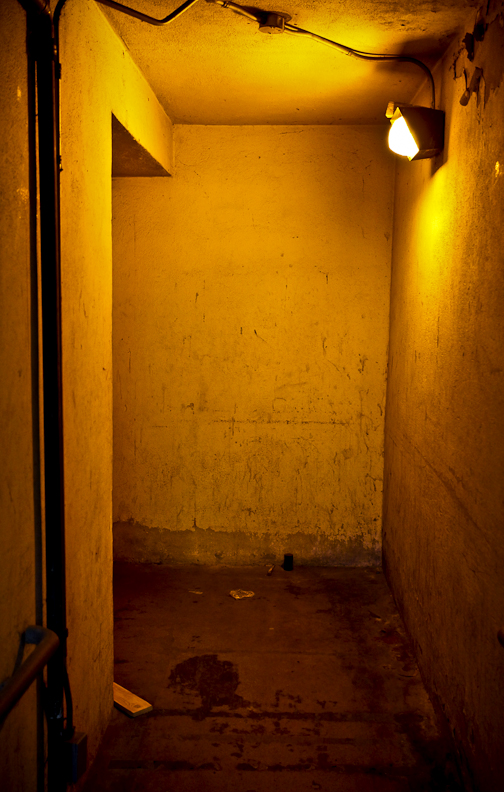 USC Site Visit | Day 03   If you're looking for somewhere secluded to murder someone, I found just the  hallway/handicap ramp  for you.