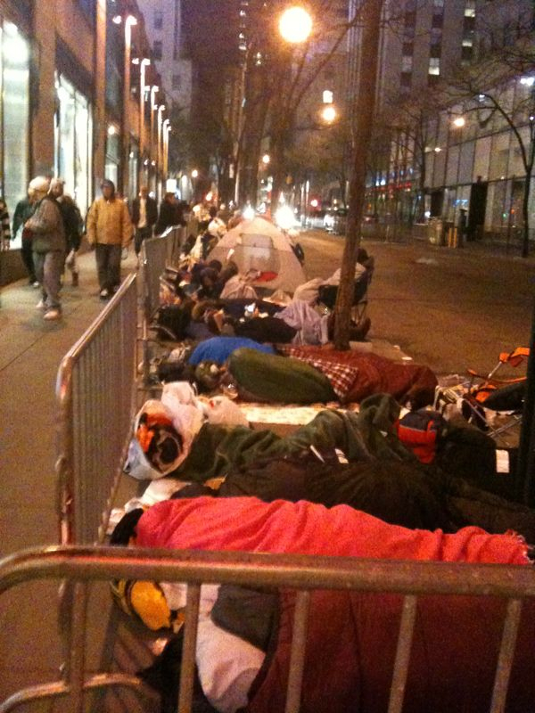 glamsoda :      celesterstallone :     SNL standby line as of 1am last night. Bundled up in those sleeping bags are the most dedicated of the twihards.    What the FUCK?    I had always wanted to see a taping of SNL since I was a kid, and a couple of years ago, some friends and I made that dream happen. We did the stand by line. 17 hours. We bought ponchos for the rain. Went to the nintendo store and bought blankets. Survived on Two Boots pizza and Ice Cream. Met the man that despite having a goldenticket to every taping, still waits in line to keep the order.  Sure the experience was nuts, but it was also a lot of fun.    No regrets in having a bucket list item crossed off.   EDIT: I didn't notice the twilight bit. That being said, I don't agree with this at all.