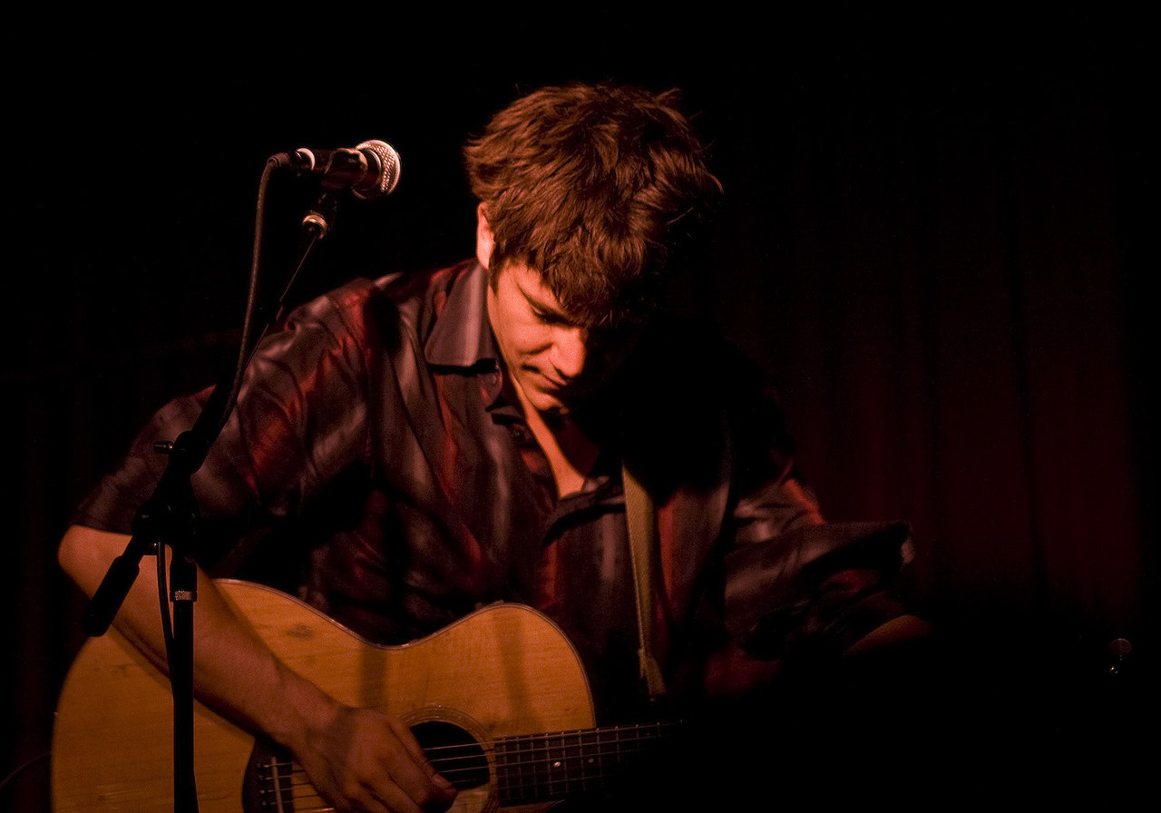 The Hereafter | Hotel Cafe | 08.30.09 John Elliot was amazing last night… Glad I was able to catch the last night of his residency at Hotel Cafe. Highlight of the night is a toss up between the impromptu Elton John medley or the acoustic Nirvana Lithium sing-a-long with the cast of Legally Blonde. I need to go to hotel cafe more often… can't beat $8 and 2 hours of good music.