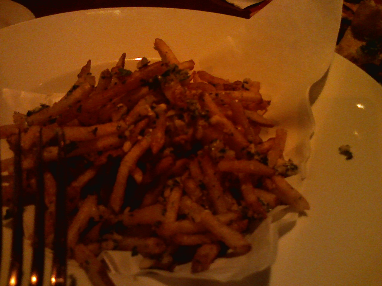 I love you Yardhouse garlic fries.