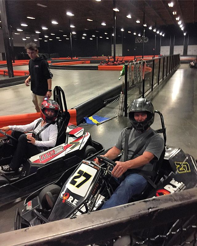One of our hardest working clients @danny13oka spinning fast laps in the @corecenters hand control kart with his daughter @mb2raceway 🏁 #mb2raceway #handcontrols #gokarting #spinalcordinjury #spinalcordinjuryrecovery #motivation
