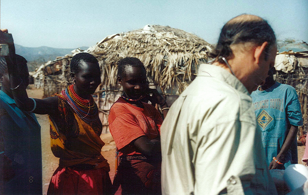 Medical treatment at Samburu Village.jpg