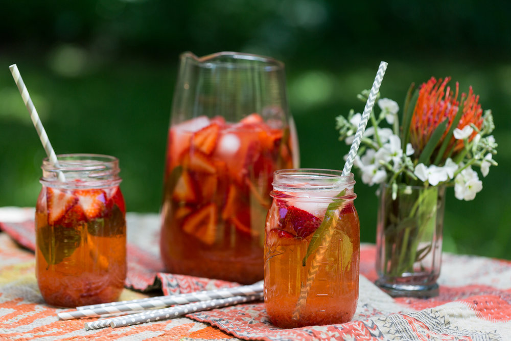 Recipe for boozy, strawberry rhubarb lemonade