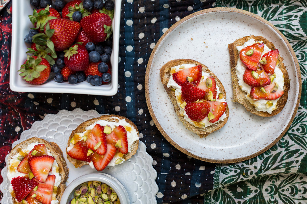 Strawberry Ricotta Toasts Recipe