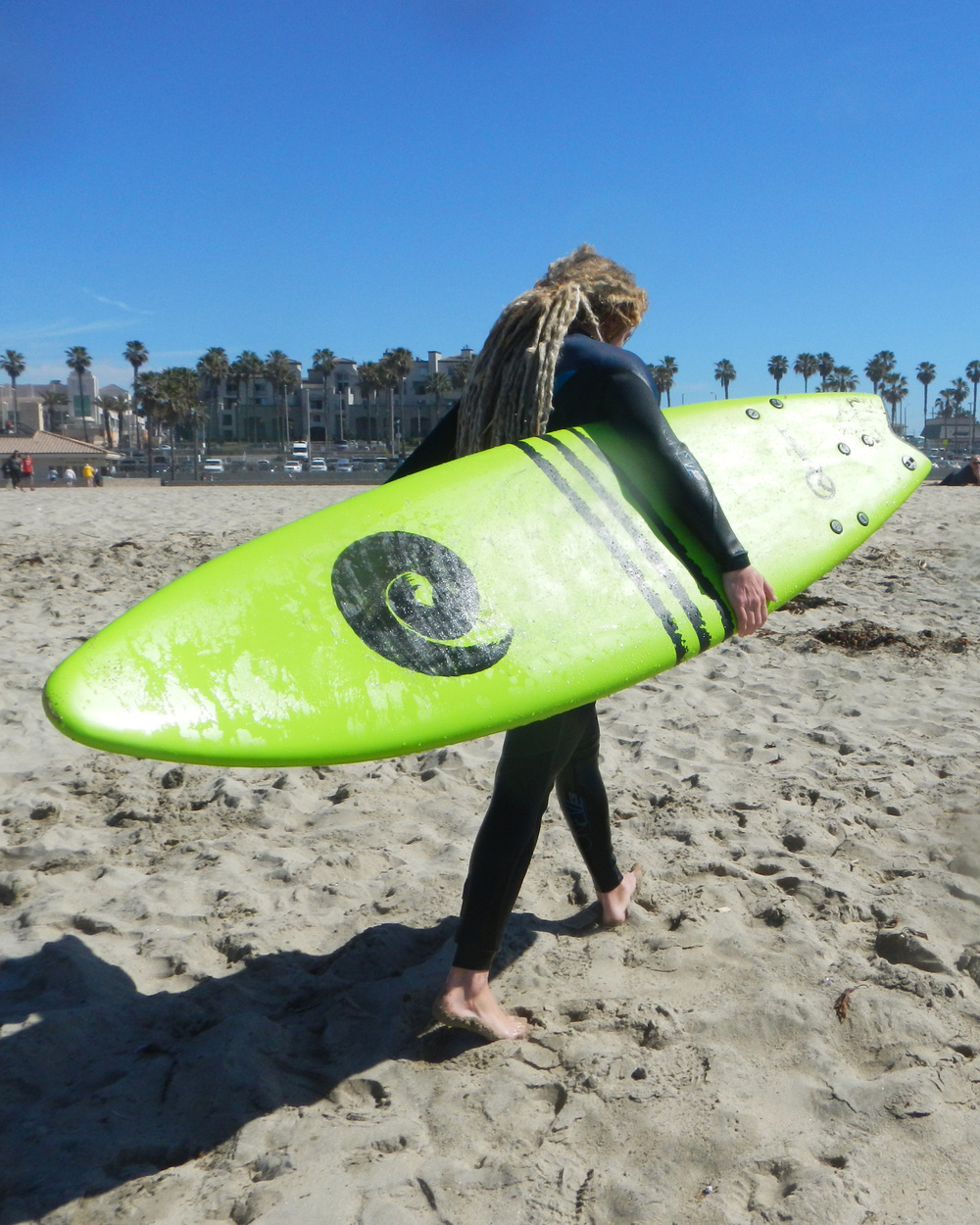 QT-Softtopsurfboard-green-beach.jpg