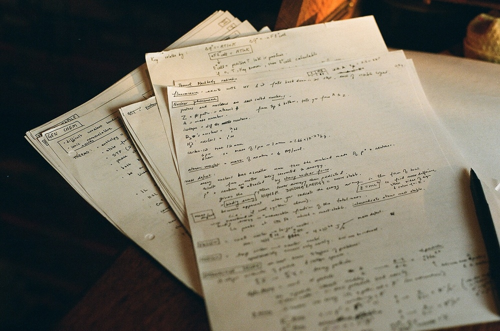 MCAT notes: a summary of everything you learned in undergrad. Flickr credit: takeslongwalks