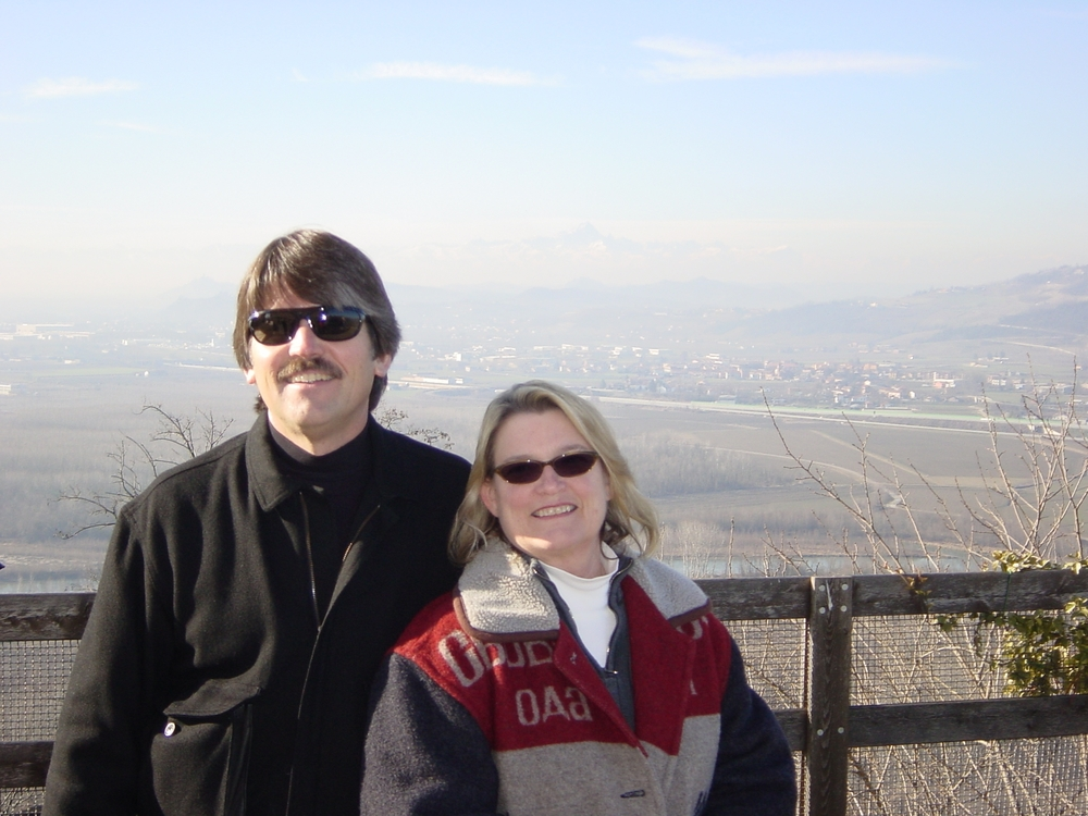 Carl & Pam Bowker in Italy, 2001