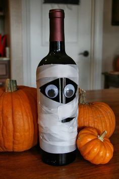 Mummy Halloween Wine Bottle - Decor | VAULT29