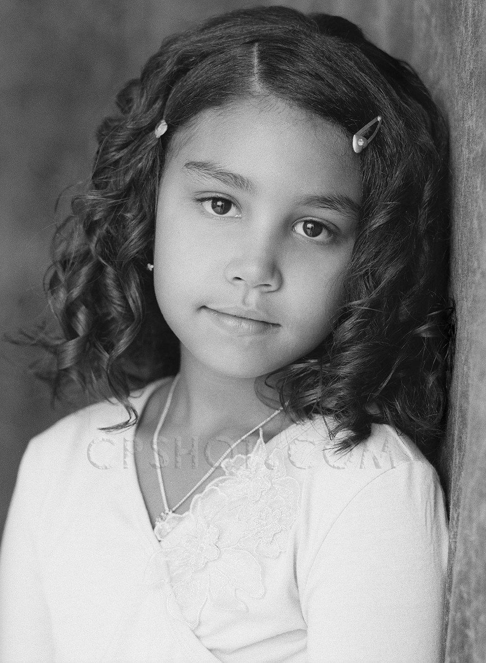 RosarioCarmenfamily-3-30___copyright_CPshot.com.jpg