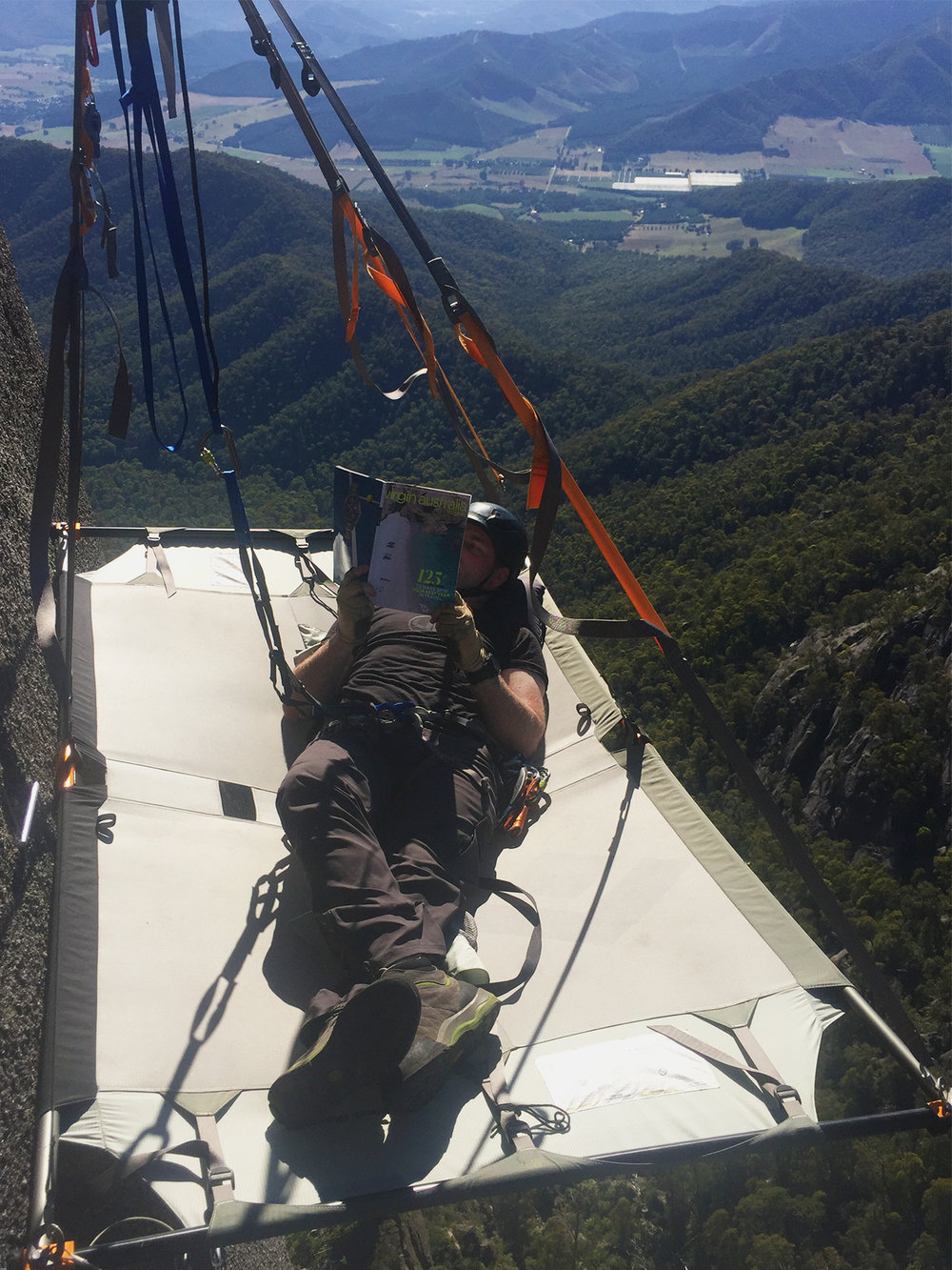 Jan 9 2018 & Insights from Beyond the Edge - Sleeping on a Portaledge ...