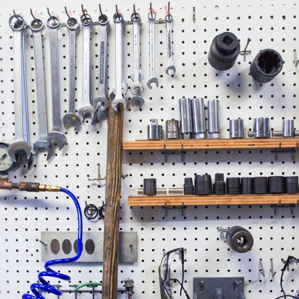 Tools in the Rock Mechanics lab