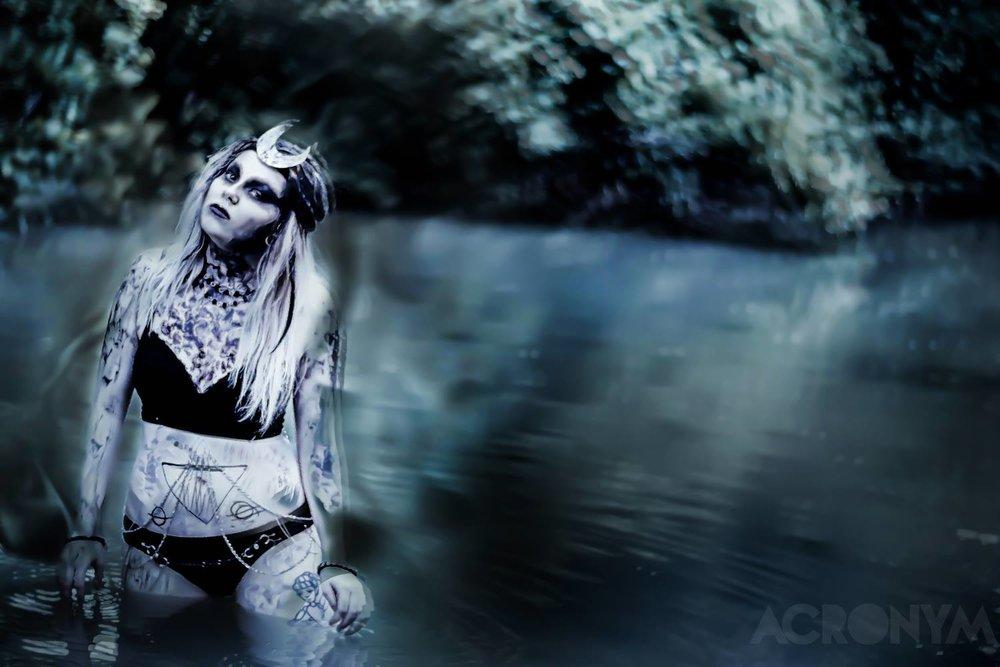 Photo: ACRONYM, Model: Amber Wagel