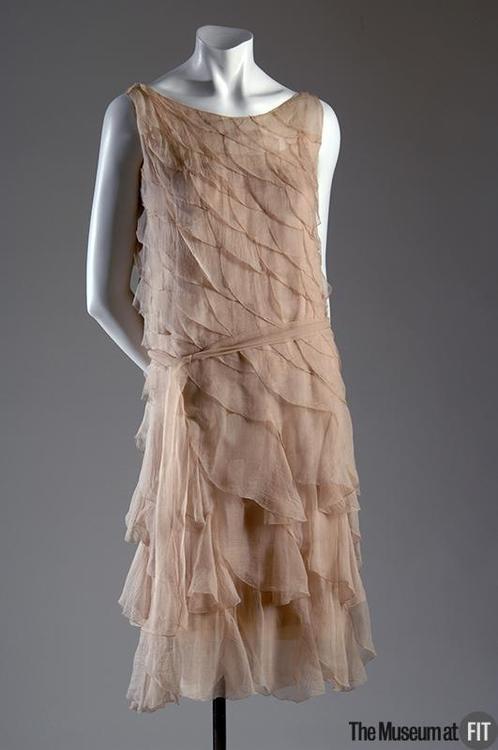 Coco Chanel: La mode, c'est ce qui se démode