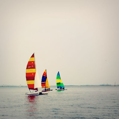 3boats_opt.jpg