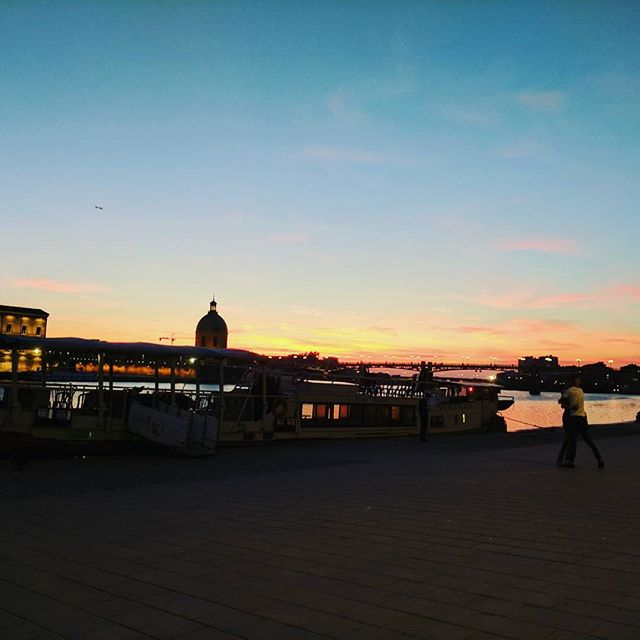 Sunset dinner on the La Dourade in Toulouse!