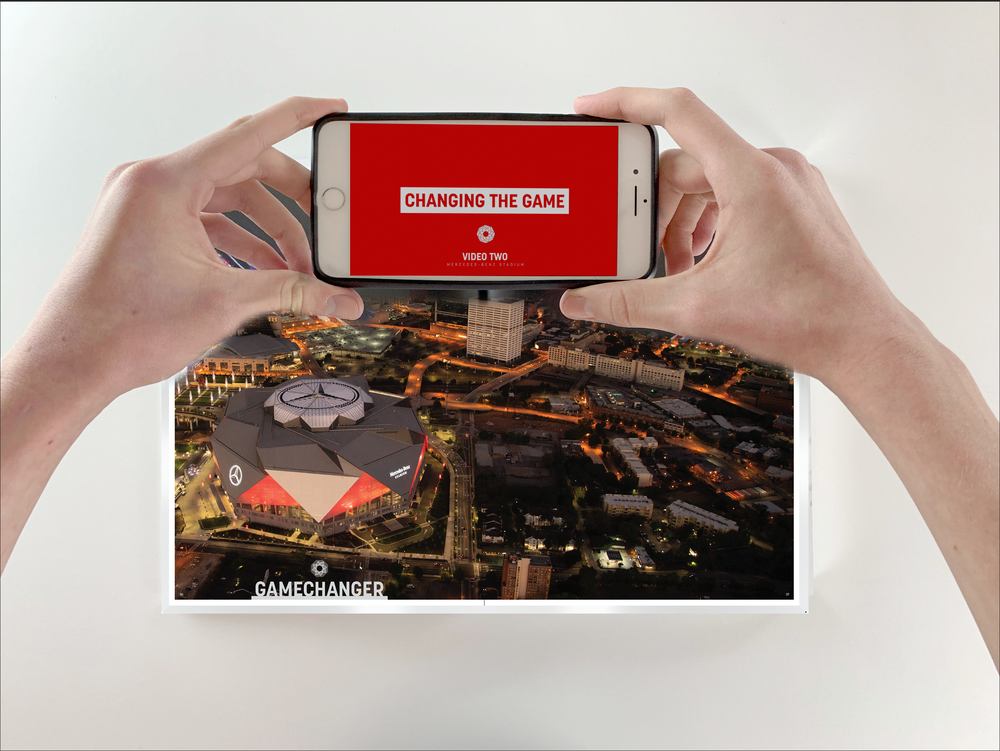 Interactive content throughout the book takes readers on behind-the-scenes tours of the Stadium's art and architecture and into the minds of the creators. -