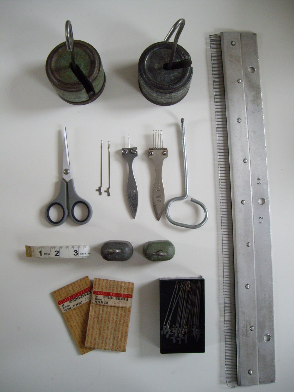 V-bed knitting tools