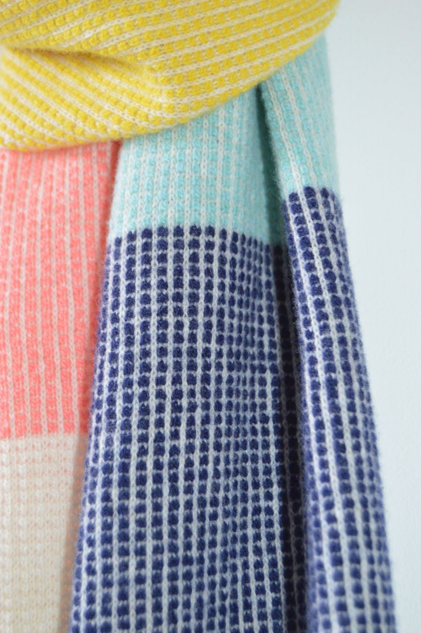 Details of the Staffa scarf