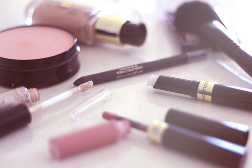 Back to School / Natural Make - Up (feat. Max Factor)