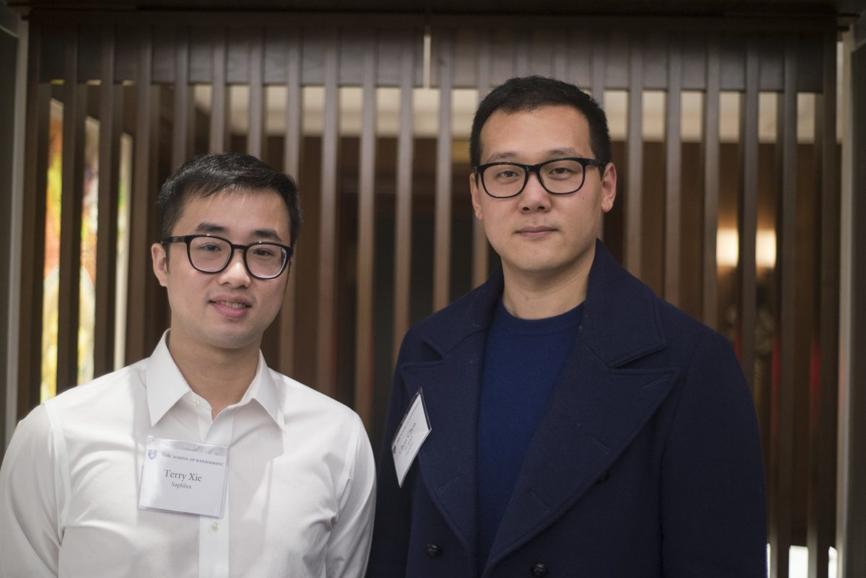 陈辰,16届,Saphlux联合创始人兼CEO (与谢宇俊合影)