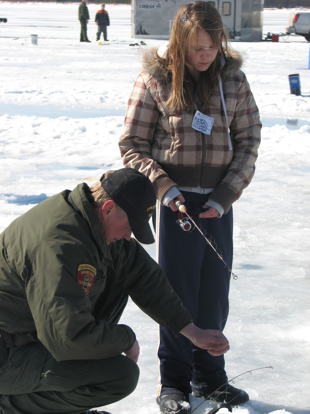 2009 kid ice fishing 5.JPG
