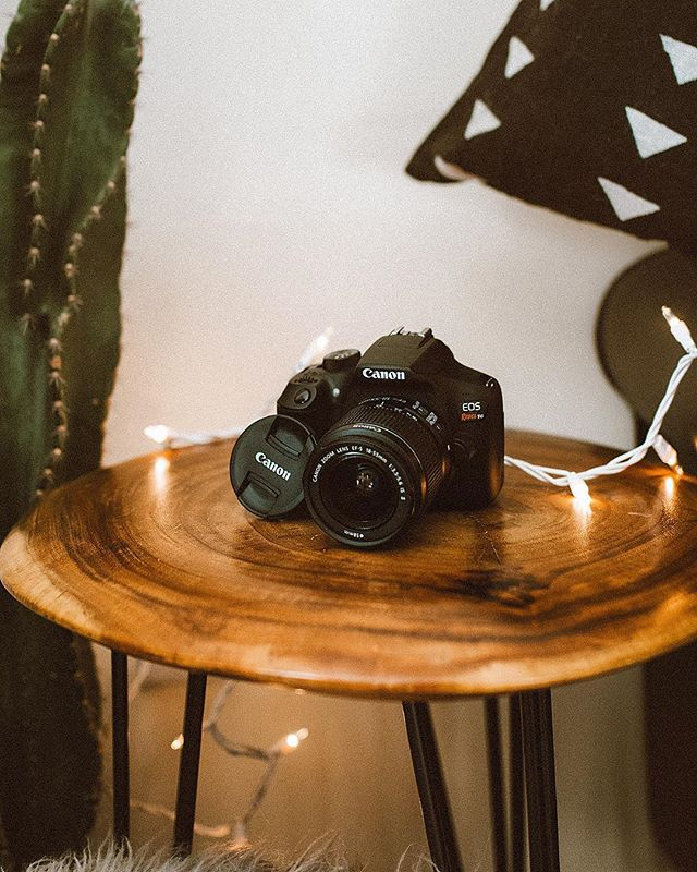 ✨Giveaway Time ✨ I'm so excited to gift someone with this amazing dslr! I remember getting my first dslr and how much it helped me improve my craft and helped boost me to where I am today! A New Year a New You! One lucky winner will win a BRAND NEW Canon EOS Rebel T6 DSLR camera  and lens. Follow these rules to enter.  Rules 1. Must follow  @malloryonthemoon  @themetalromantic @emilyvartanian @kristinrosedavis @lavendascloset @themoptop @diamondsfordimes @iindiefoxx  2. Like this post  3. Tag 2 or 3 besties you think would love to win!  Give away will end on Jan 2sec at midnight. Winner will be selected at random on Jan 3rd. Instagram does not sponsor or endorse this giveaway. Best of luck!!