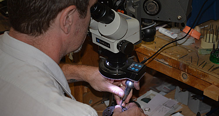 Jewelry Repair at Gemstone Designs is done under microscopes.