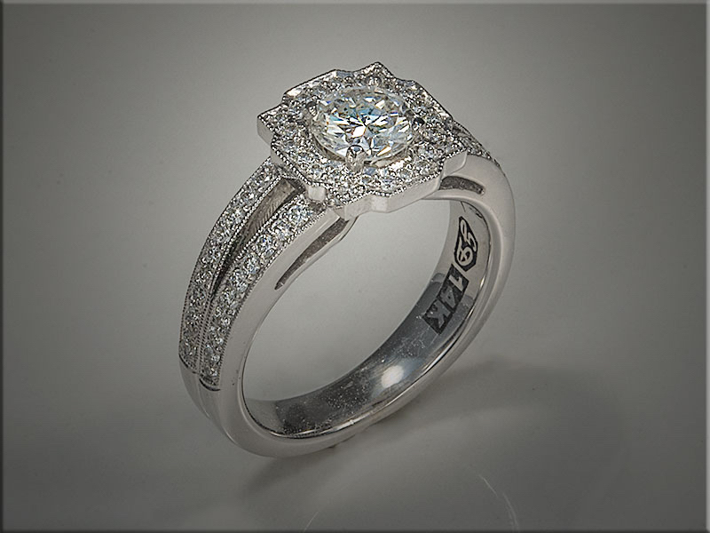 Diamond engagement ring. p630.jpg