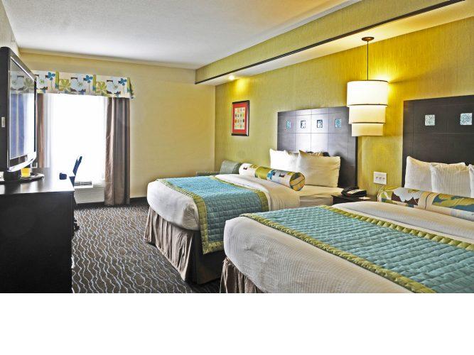 guest-room-3.lqimg.slide.jpg