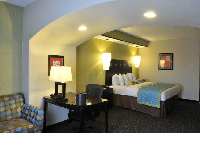 guest-room-4.lqimg.slide.jpg