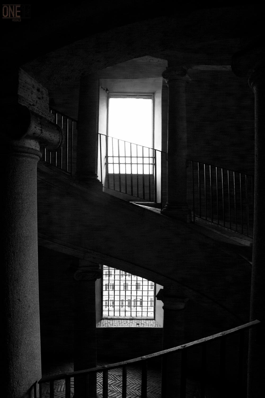 bramante stairs.jpg