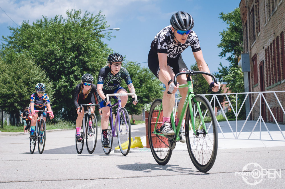 A (No) Crash-Course in Fixed Crits: Racing Fyxation Open — Pretty