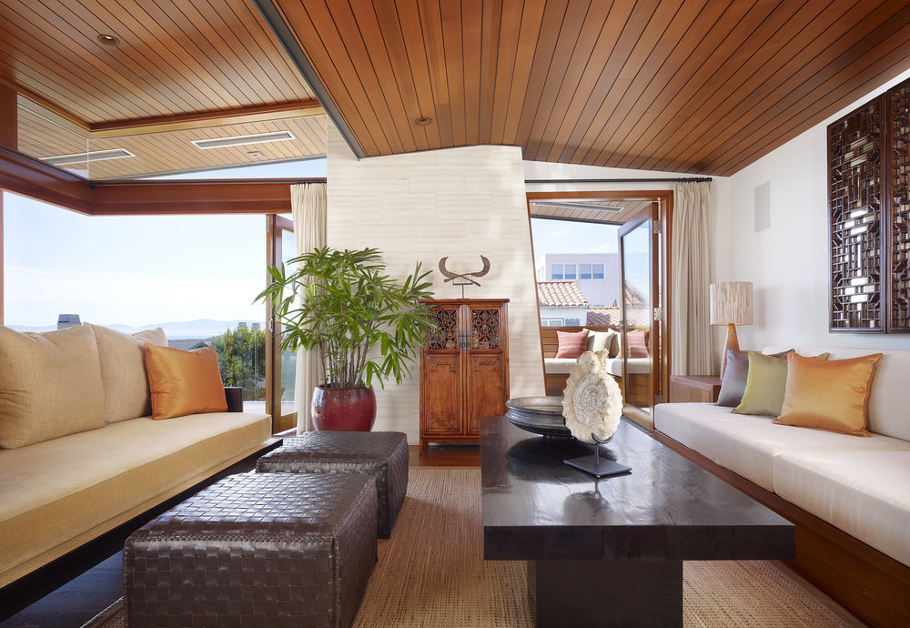 4  33rd Living Room Horizontal.jpg