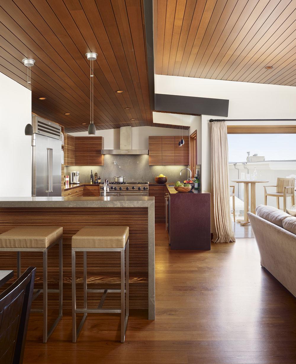 6  33rd Kitchen Straight.jpg