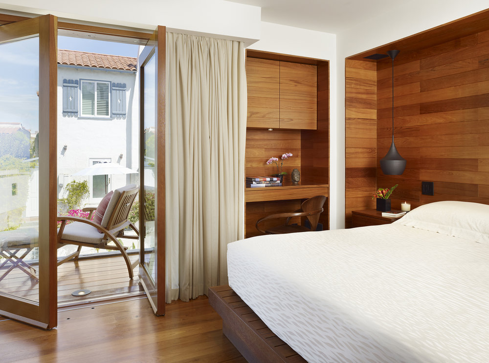 9  33rd Master Bedroom copy.jpg
