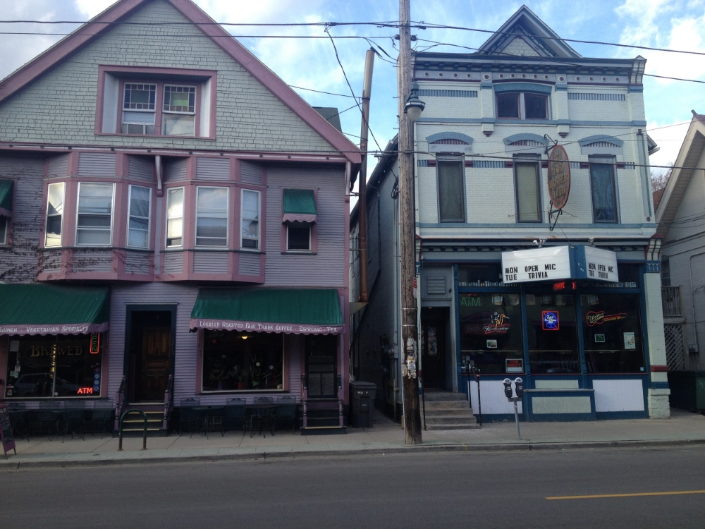 Small scale lessons for new york city skeptics strong towns for Shop with apartment above