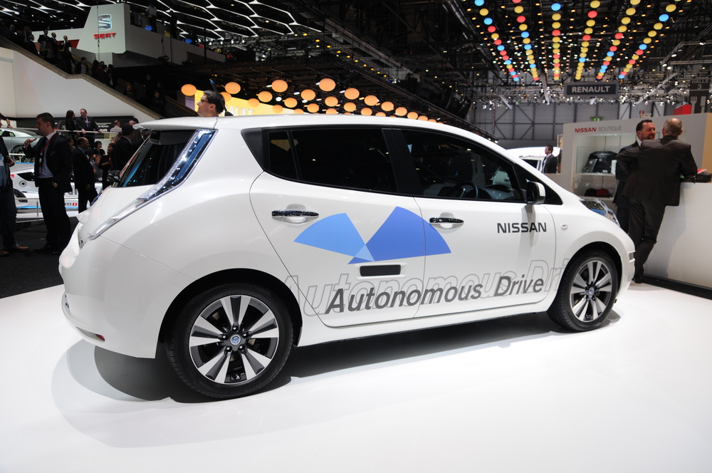 Autonomous Nissan Leaf  Photo: Wikipedia