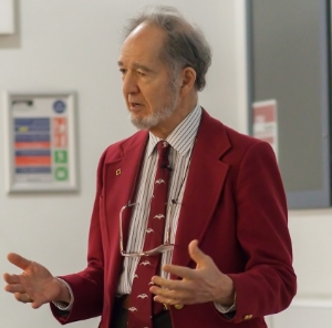 Jared Diamond.  Photo from Wikimedia .
