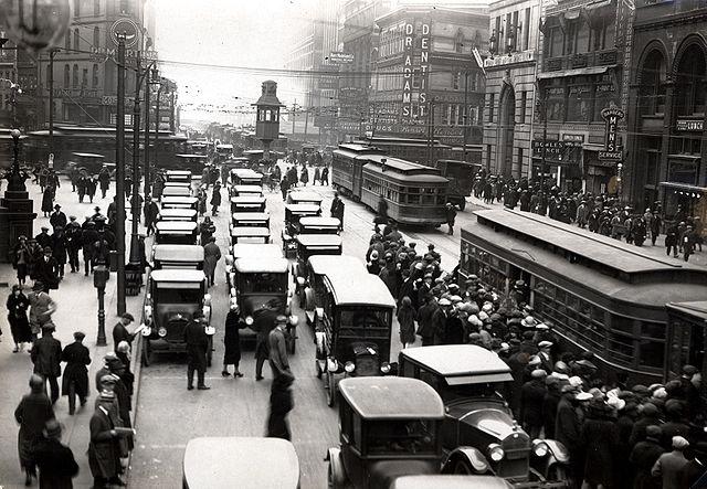 Detroit, circa 1920 (Photo from Wikimedia)