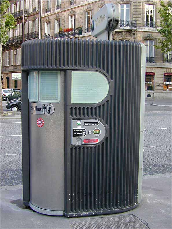 An automated public toilet in Paris (Photo by Anthony Atkielski)