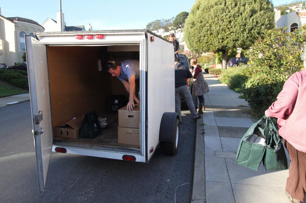 unloading2.jpg
