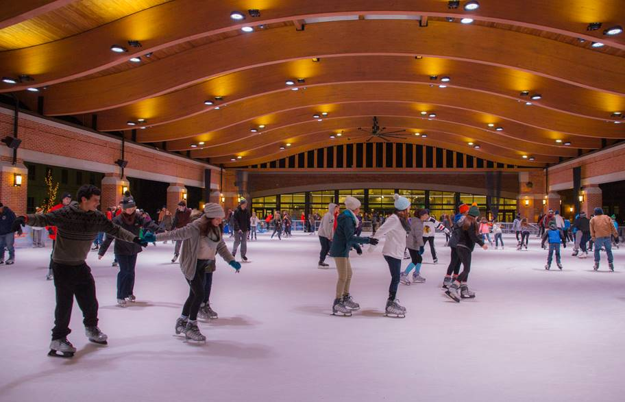 An ice rink in Valparaiso, part of the Central Park Plaza