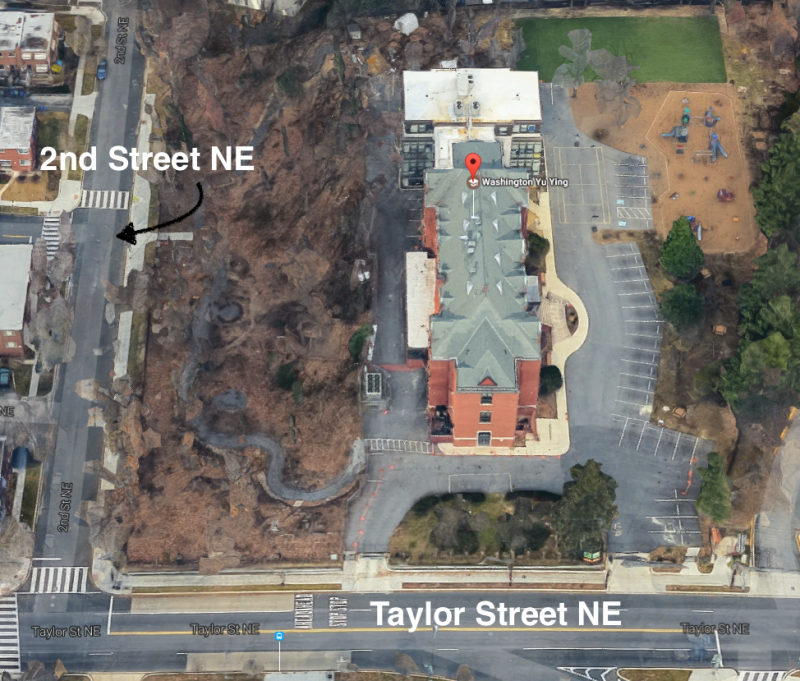 At Yu Ying, kids get dropped off along 2nd Street, where there's less traffic, parking isn't allowed during rush hour, and school faculty help kids get in andout.  Image by Google Maps.