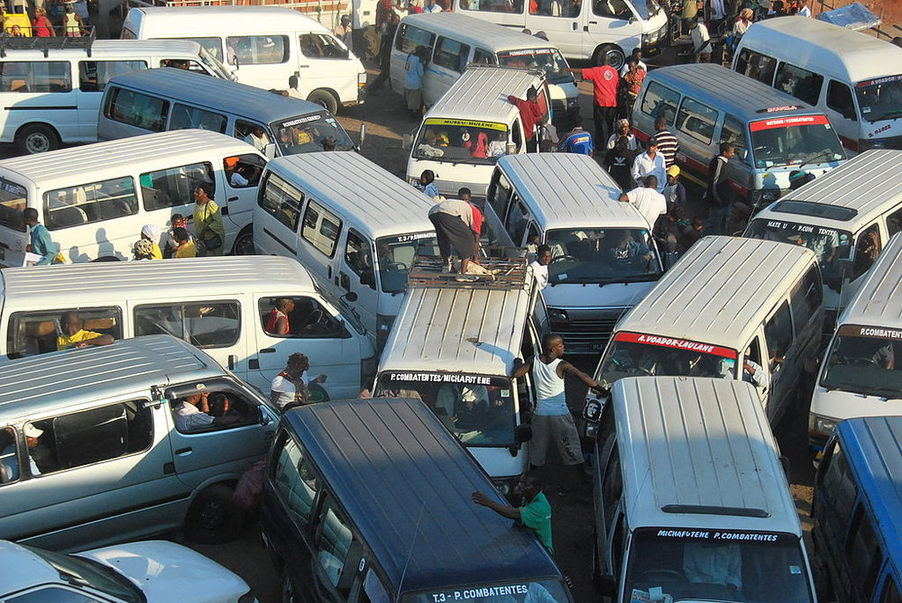 Traffic jam, Maputo, Mozambique. Source: Wikimedia Commons.