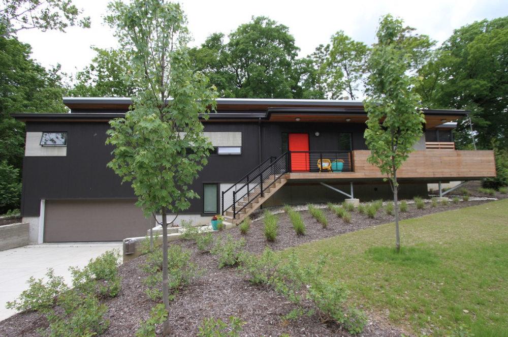 12modern house.jpg