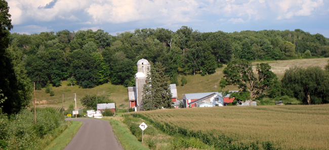 A Wisconsin dairy farm (Source: WCWRPW)