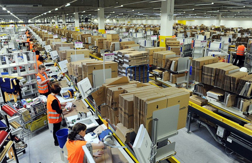 An Amazon warehouse. (Source:  Scott Lewis )