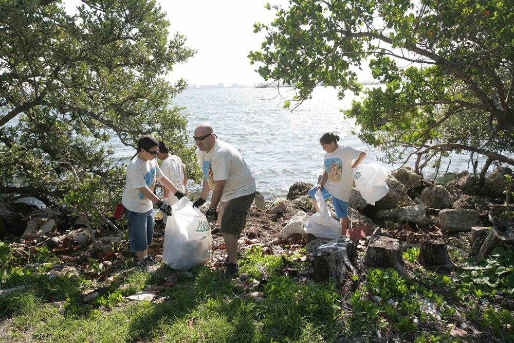 A community clean up on a Miami beach, crowdfunded through ioby.